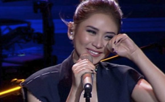 Sarah Geronimo's break-up song